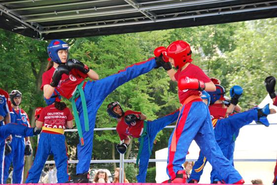 sportspielfest-09-ki-partnerarbeit.jpg