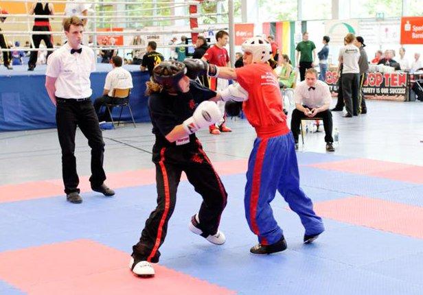 Sandra M. (rechts) zeigt großen Kampfgeist und gewinnt Bronze
