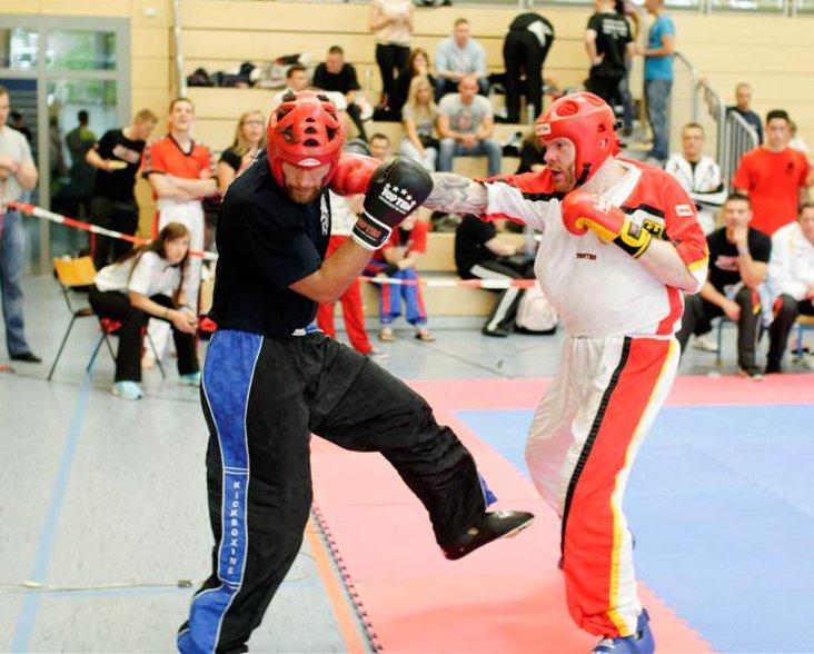 Erik (rechts) scheitert in Halbfinale