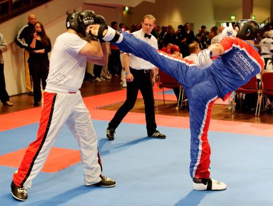 Benjamin (rechts) gewinnt sein Halbfinale