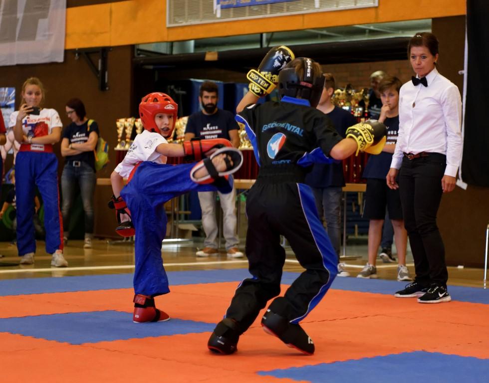 Samuel (links) mit Kick