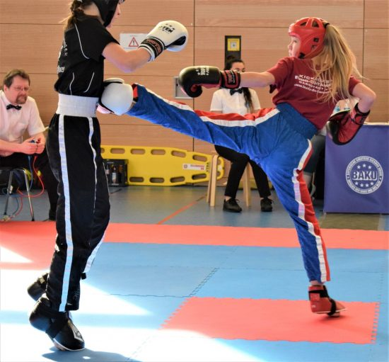 Antonia (rechts) gewinnt Bronze