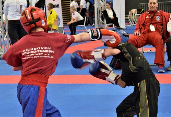 Samuel (links) gewinnt 2x Gold und 1x Bronze