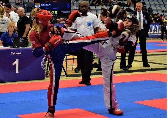 Antonia (links) gewinnt Silber und Bronze