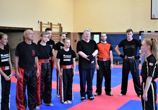 Natascha mit Trainingsgruppe